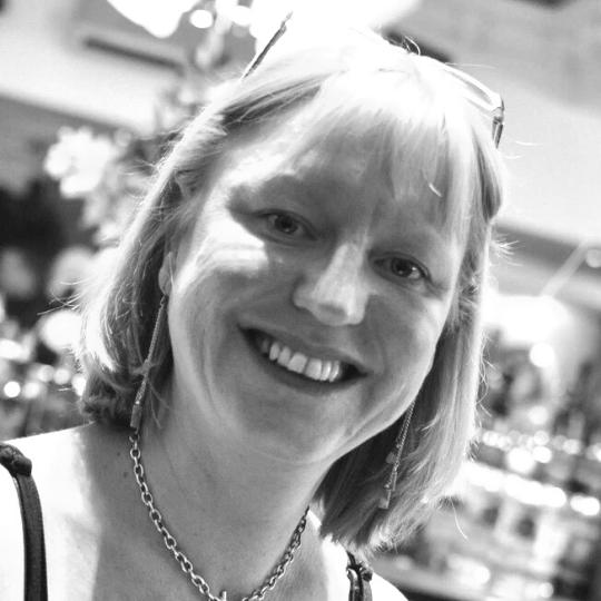 SEO Copywriter UK Freelancer Consultant eCommercer Expert Wordpess Shopify Magento 2
